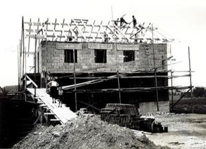 Schweiger Transport - Geschichte-1951 - Bau des Bürogebäude
